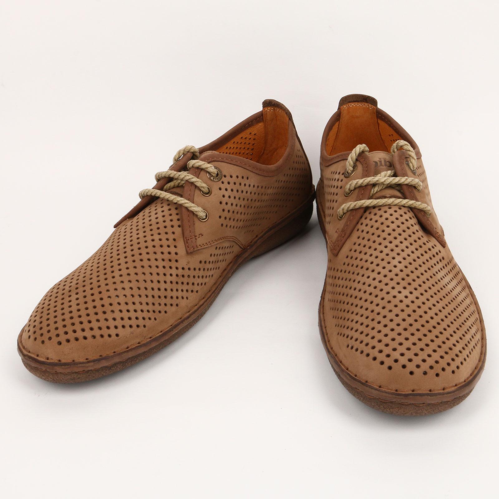 Полуботинки мужские на шнуровке и с перфорацией