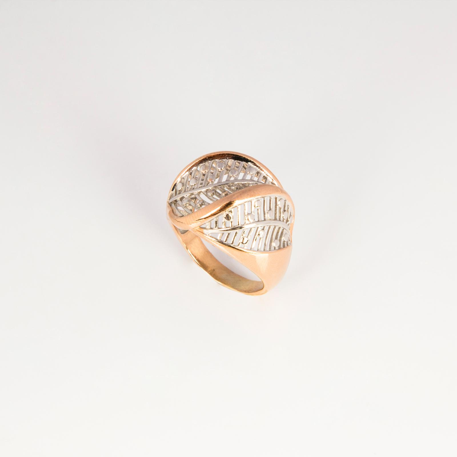 Серебряное кольцо «Нежные листочки»