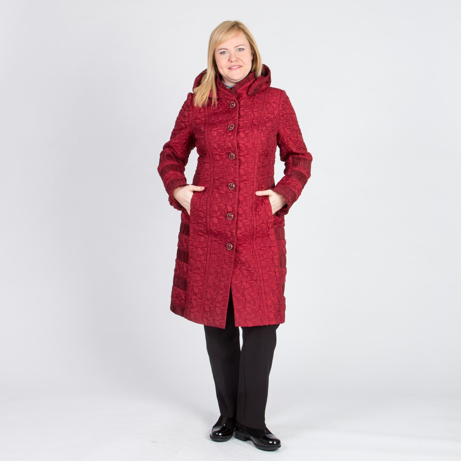 Пальто легкое с фактурными вставками