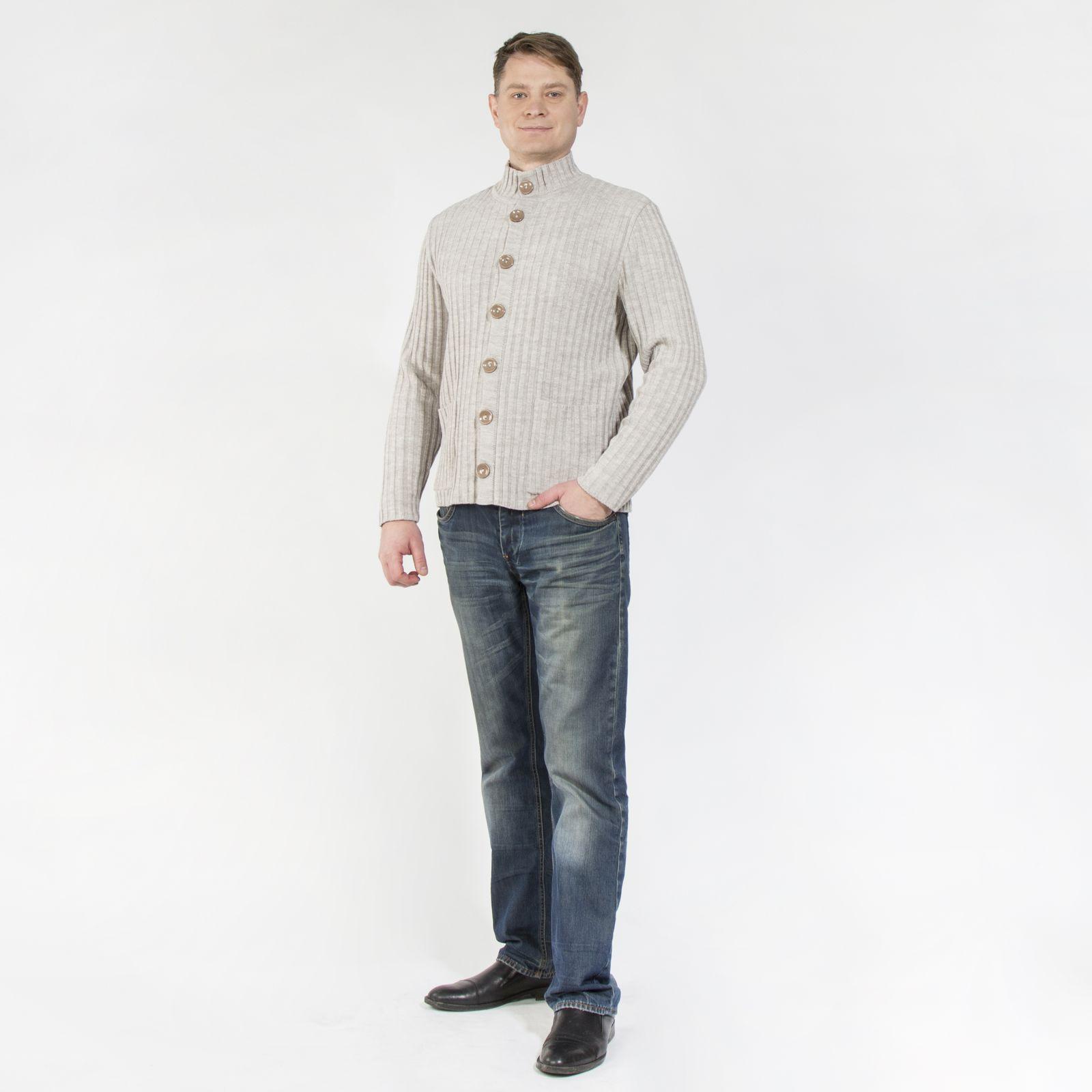 Джемпер на пуговицах с карманами оригинальной вязки