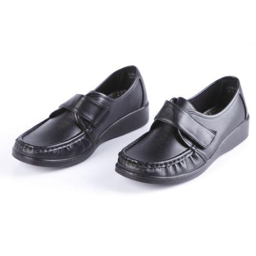 Ботинки женские с крупной прострочкой и удобным ремешком