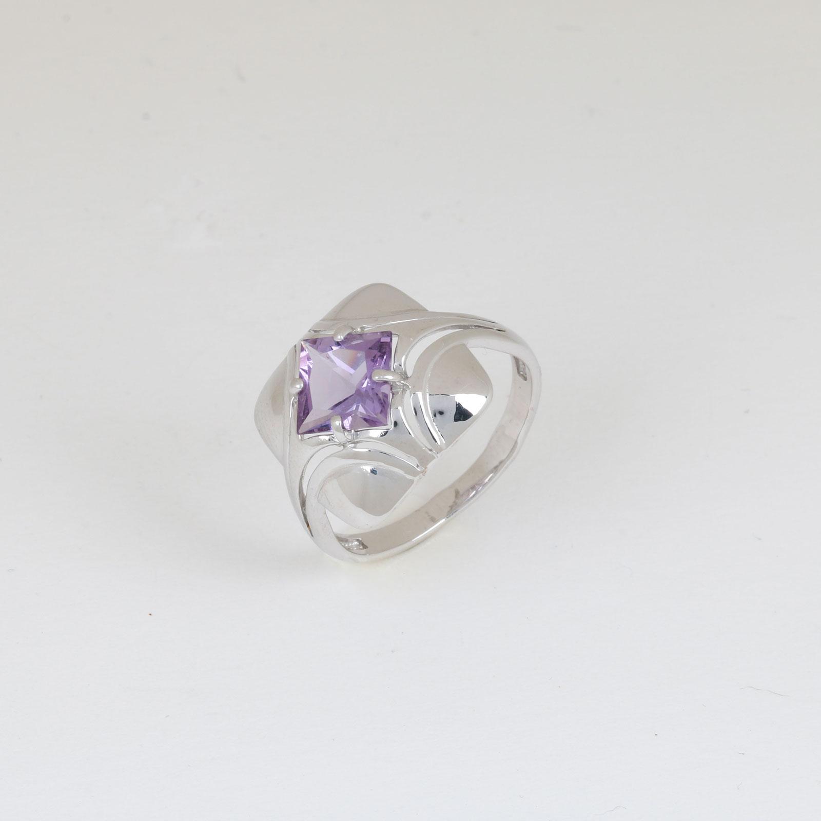 Серебряное кольцо «Сияющая ночь»