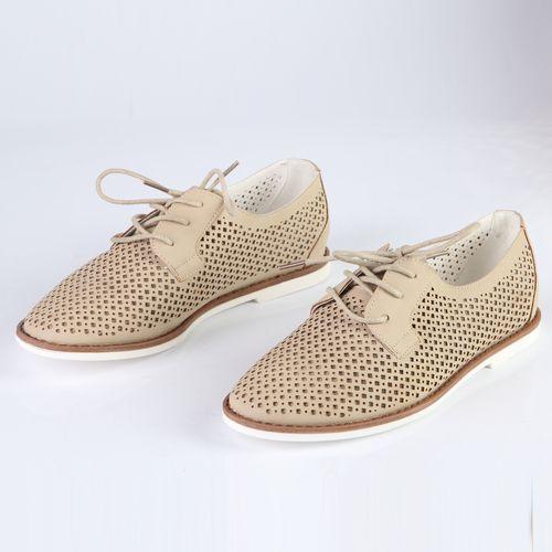 Туфли женские на шнуровке перфорированные