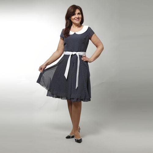 Платье в горошек с поясом