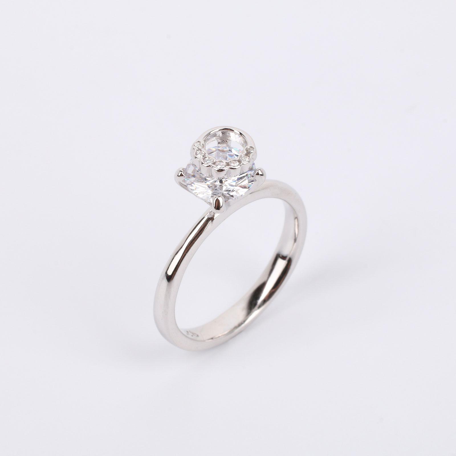 """Серебряное кольцо """"Блестящая загадка"""""""