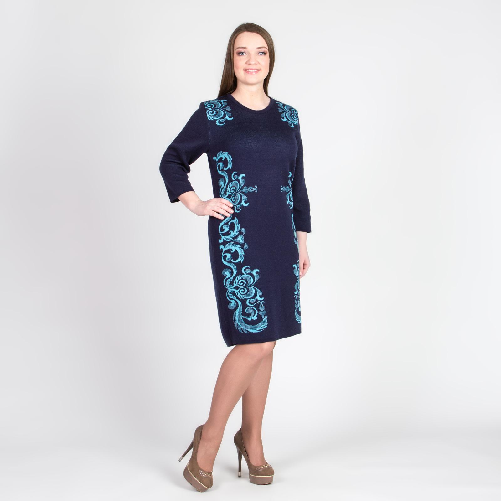 Платье прямого кроя с шикарным узором