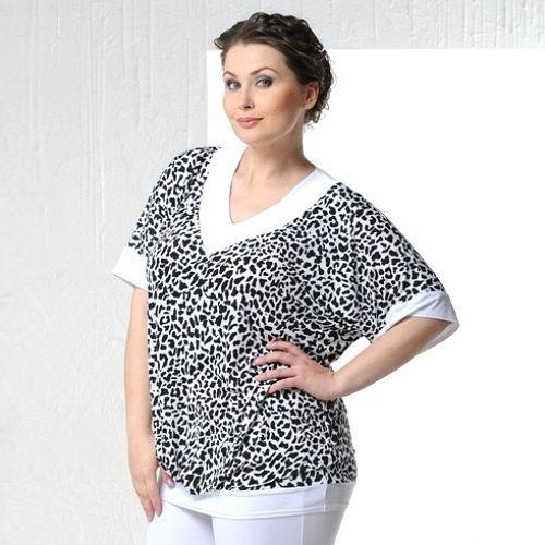 Свободная блуза с белыми планками