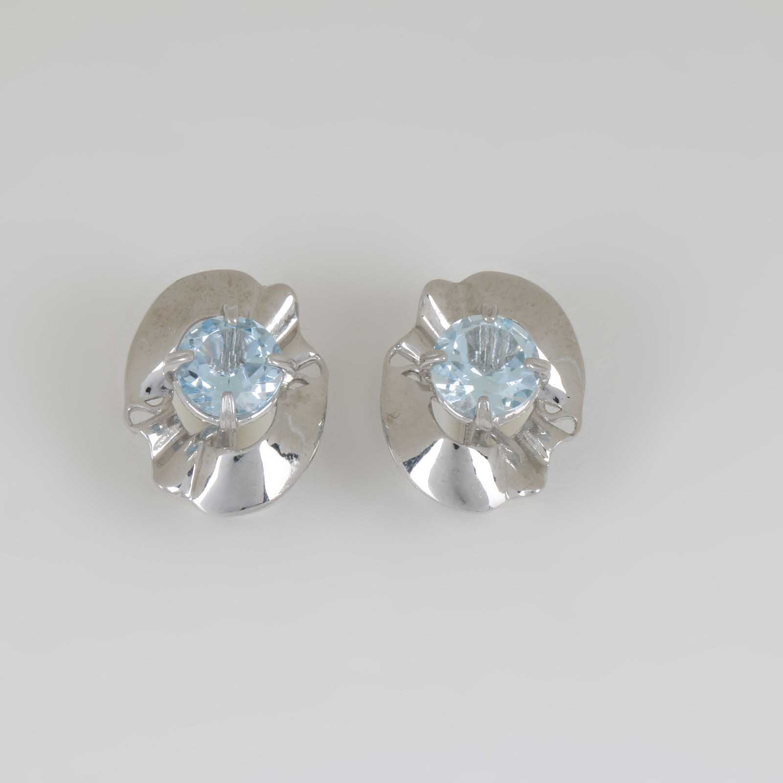 Серебряные серьги «Таинственный цветок»