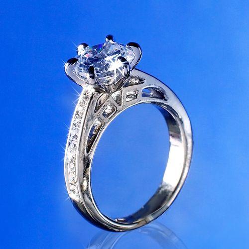 Кольцо «Королева»