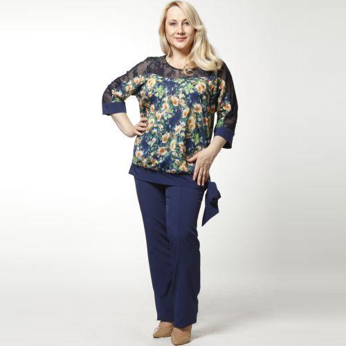 Костюм: туника с цветочным принтом и брюки