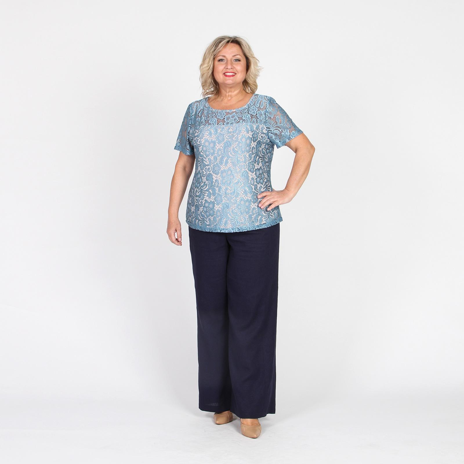 Блуза с ажурными узорами