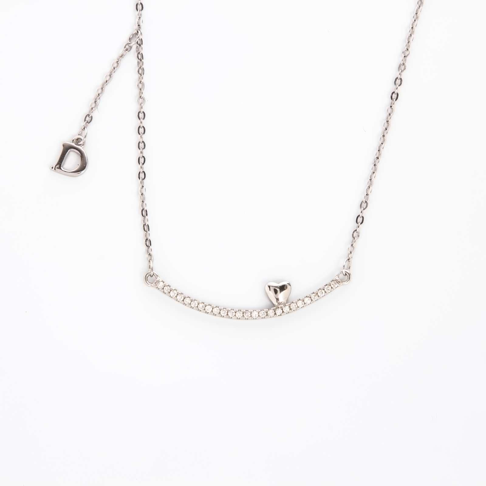 Серебряное колье «Нежное сердце»