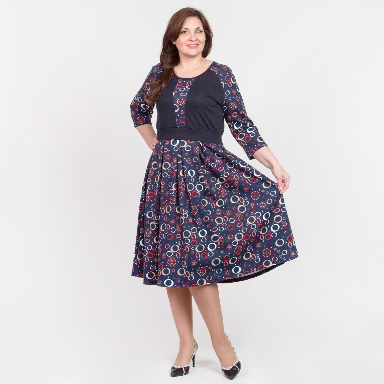 Платье с рукавом реглан и геометрическим принтом
