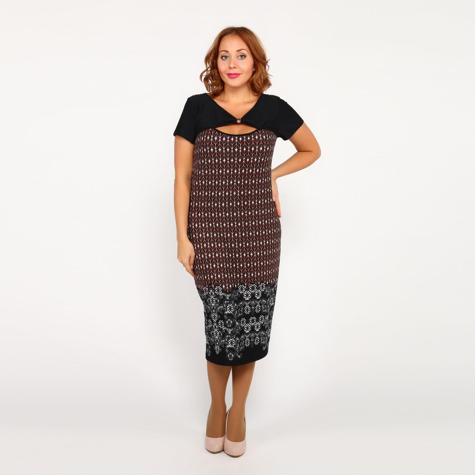 Платье с принтом и оригинальным вырезом