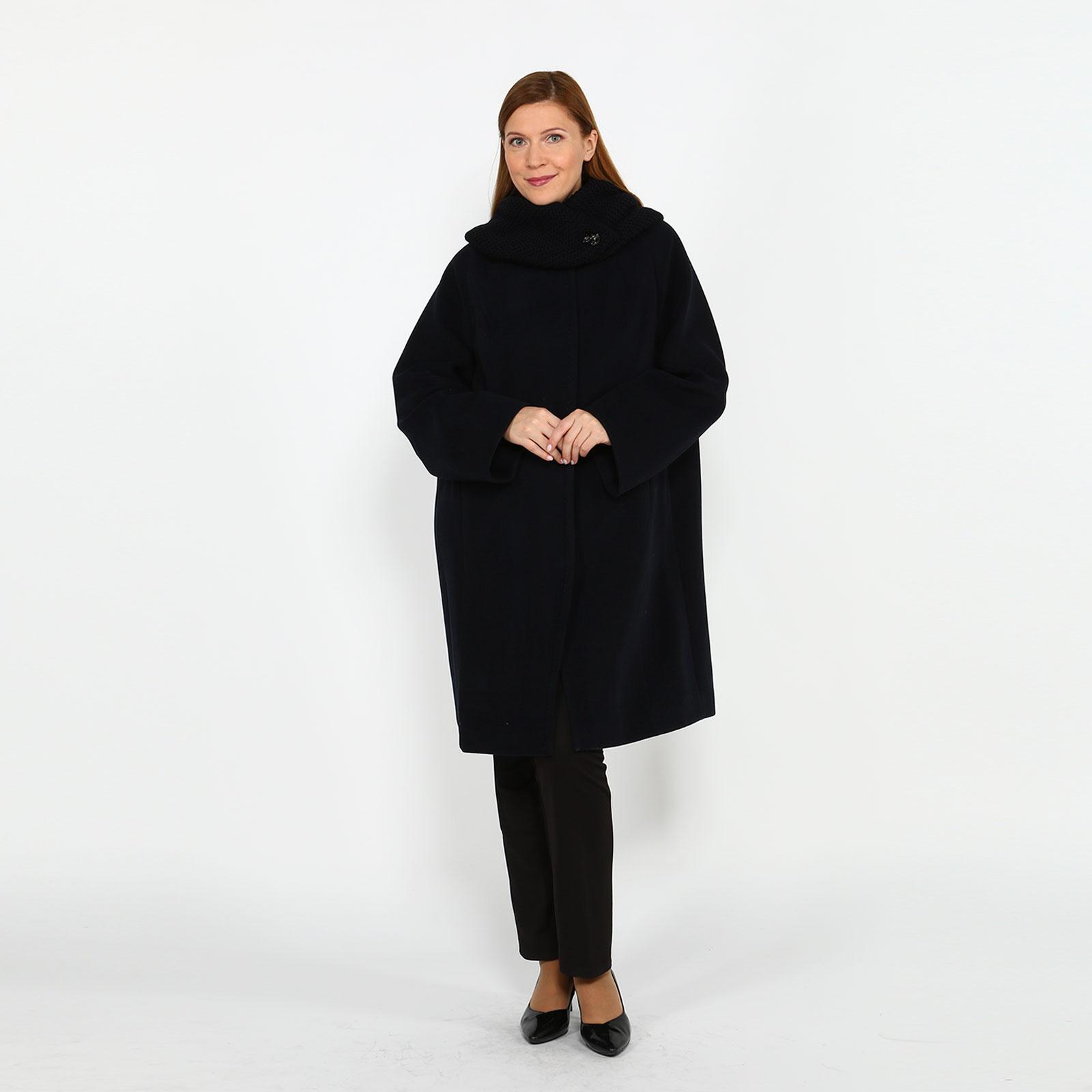 Пальто с вязаным воротником