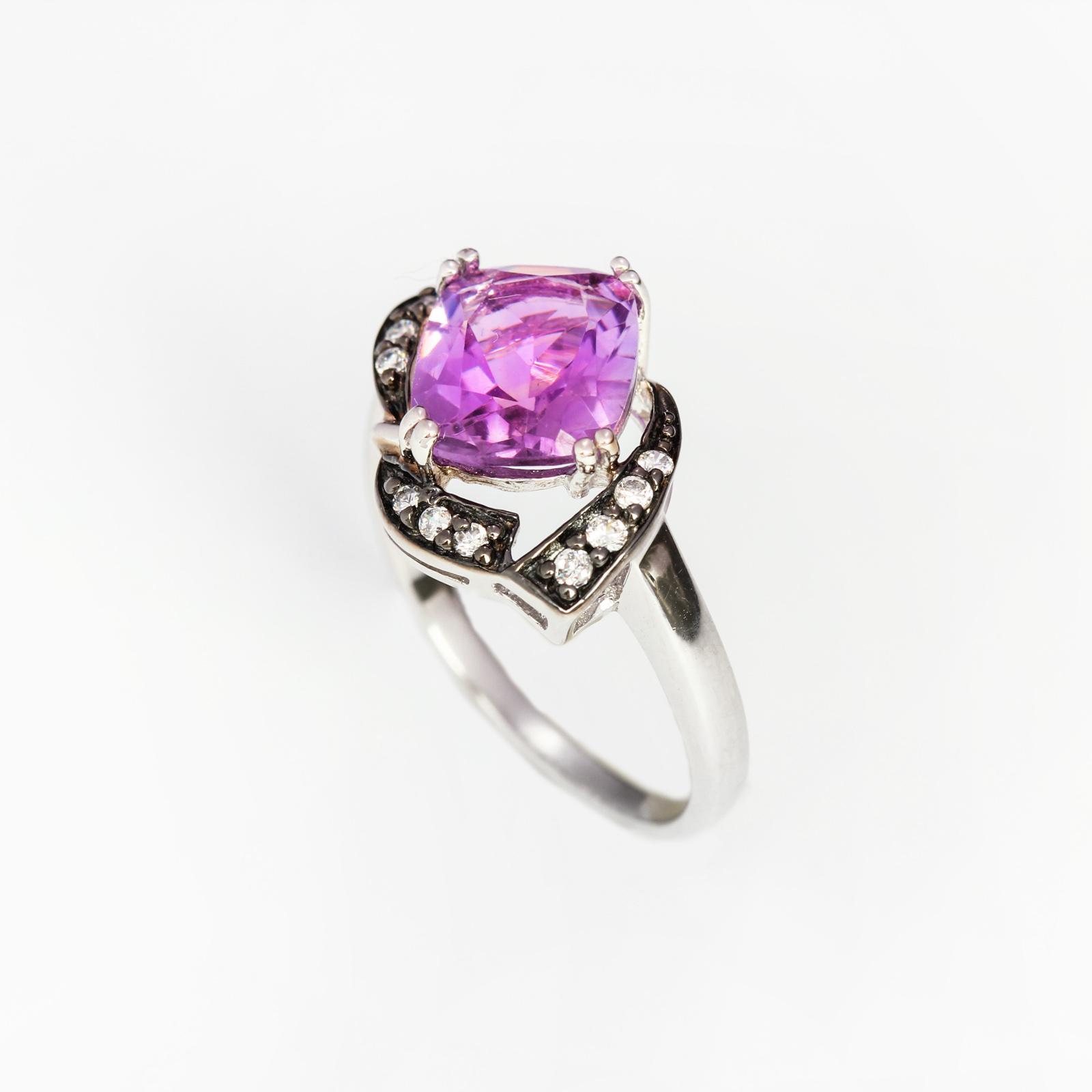 Серебряное кольцо «Лавандовая фиалка»