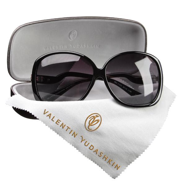Солнцезащитные очки от Валентина Юдашкина