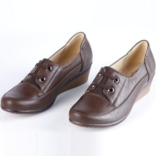 Туфли женские со шнуровкой на танкетке