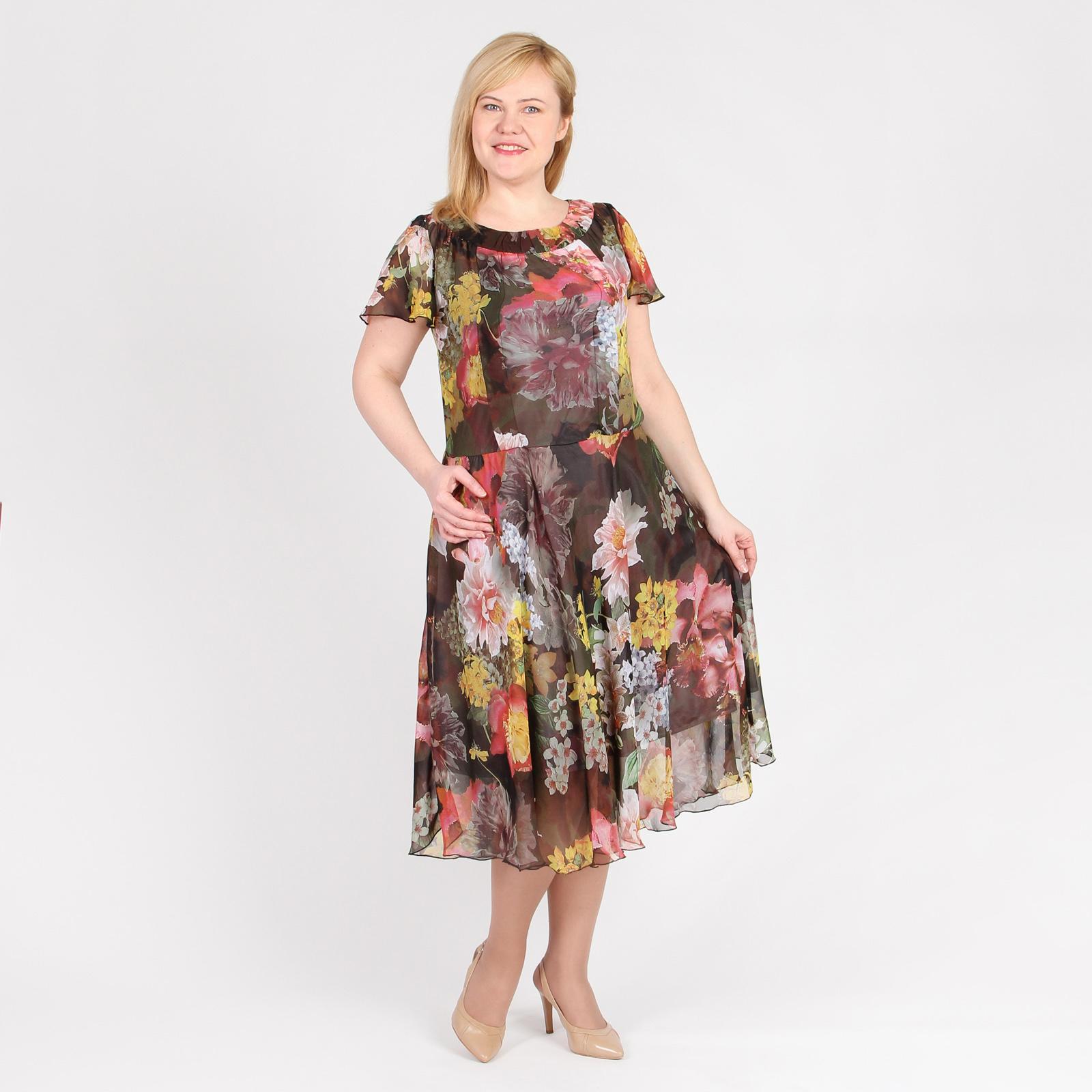Платье из шифона на подкладке свободного силуэта