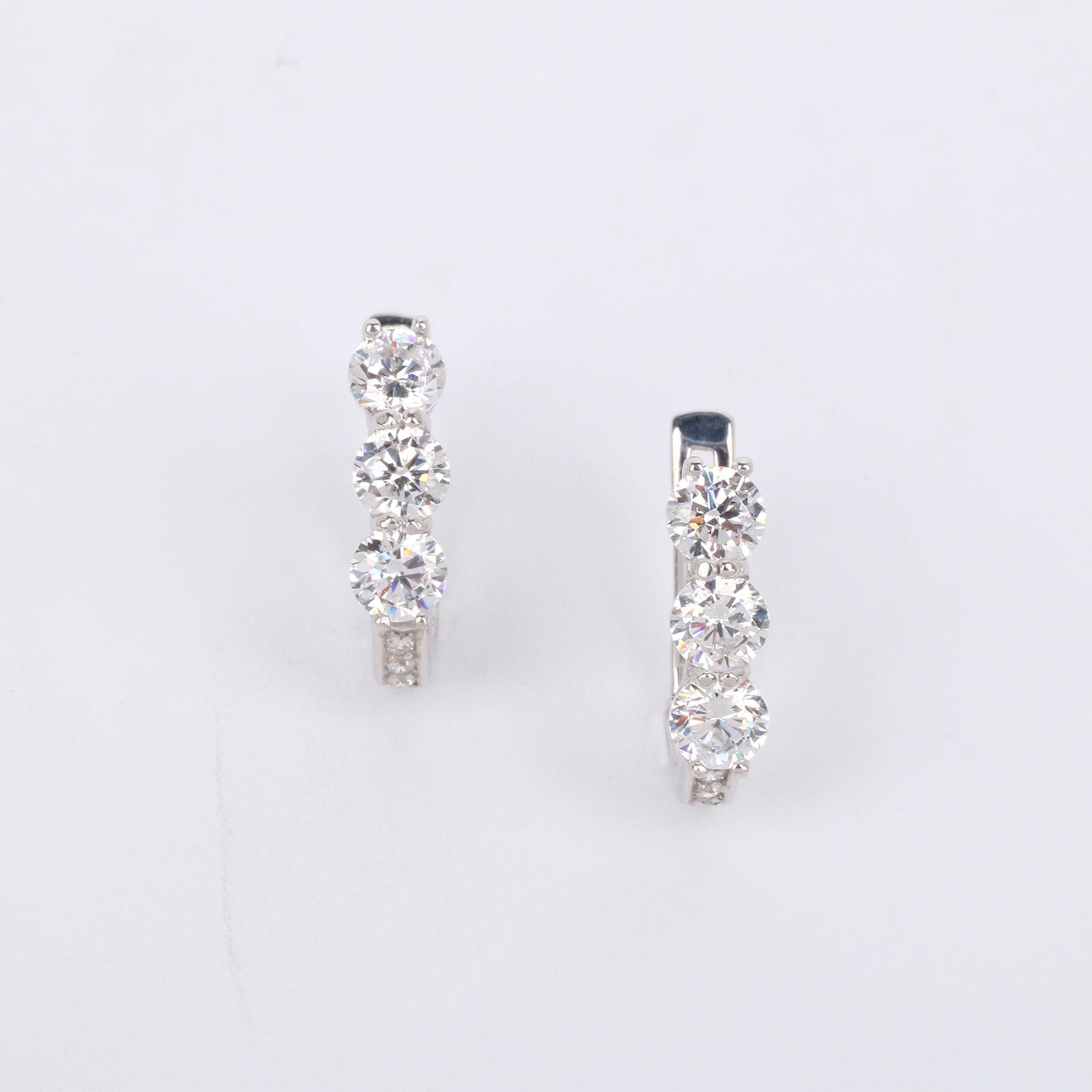 """Серебряные серьги """"Благородные кристаллы"""""""