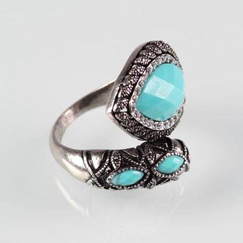 Кольцо «Бирюзовое сердце»