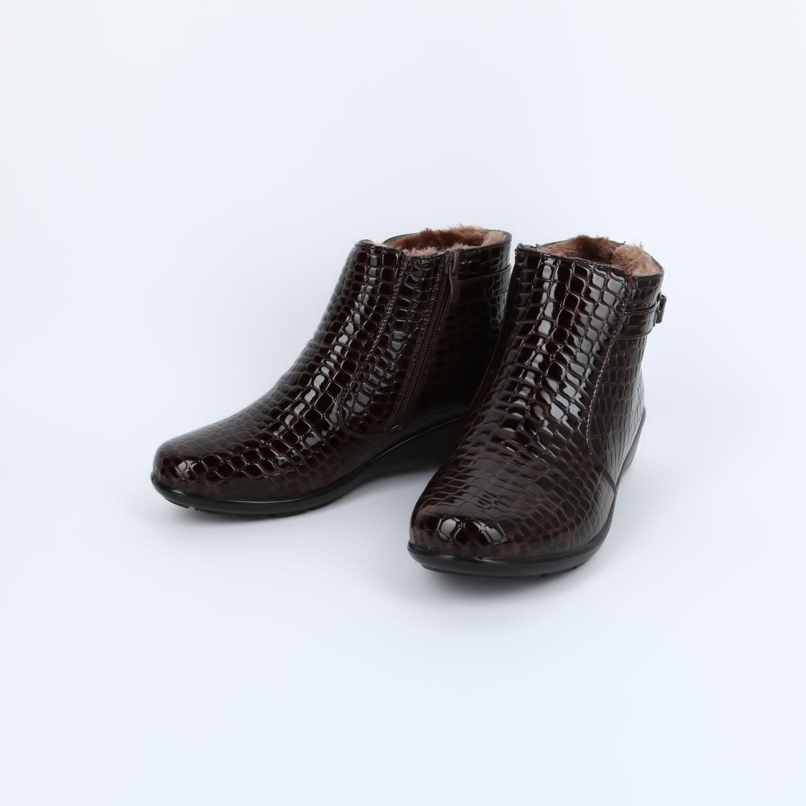 Ботинки с тиснением под кожу рептилии