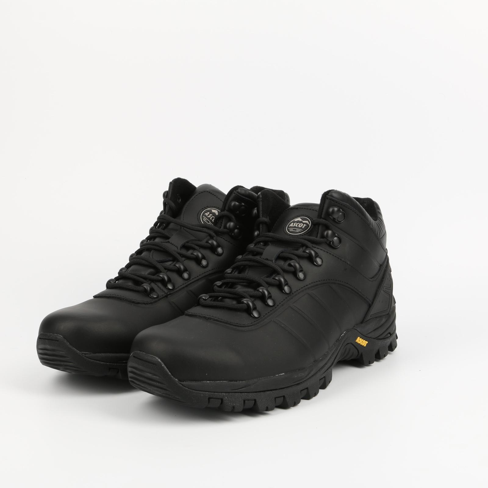 Ботинки мужские CALM