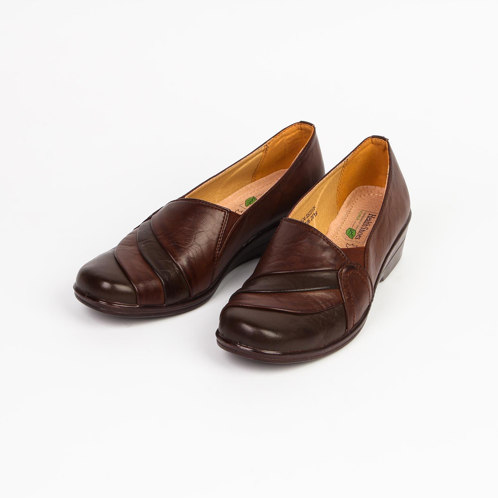 Туфли женские с эластичными вставками декорированные складками