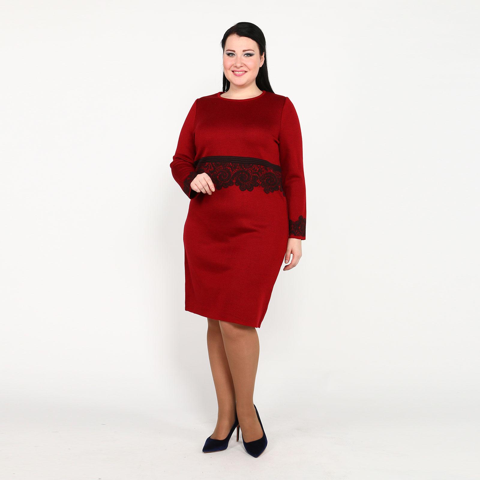 Платье-миди с декоративным кружевом