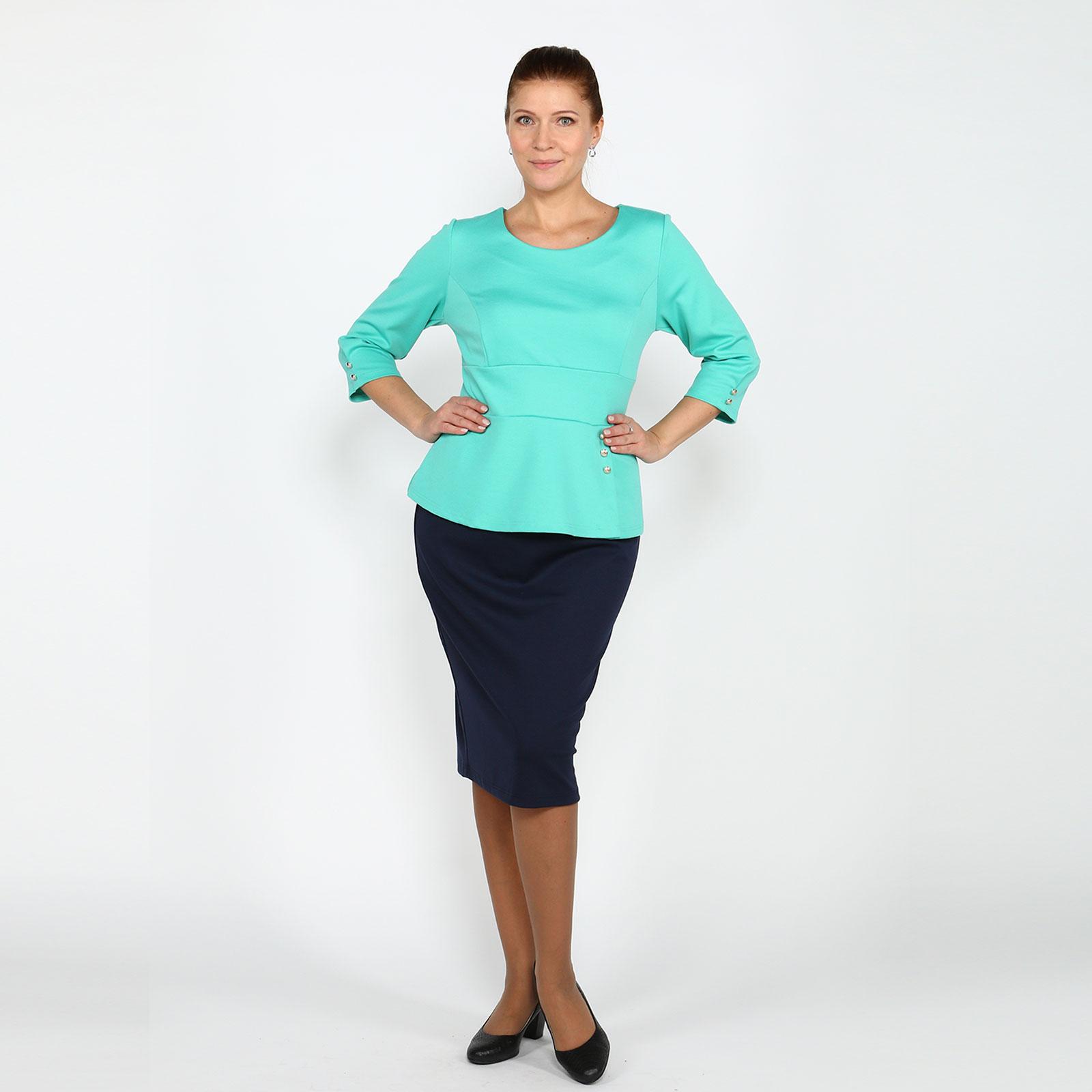Костюм: юбка-миди и блуза с баской