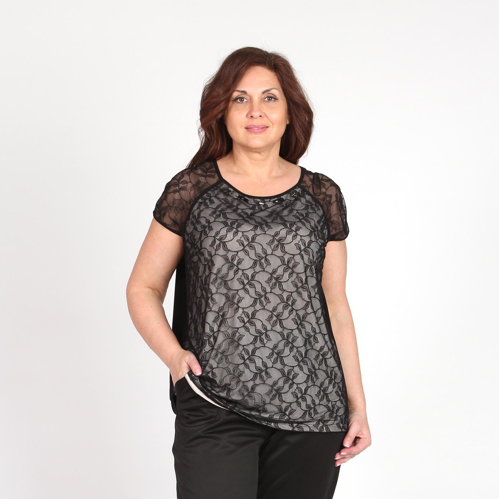 Блуза приталенного кроя с кружевной вставкой и рукавами