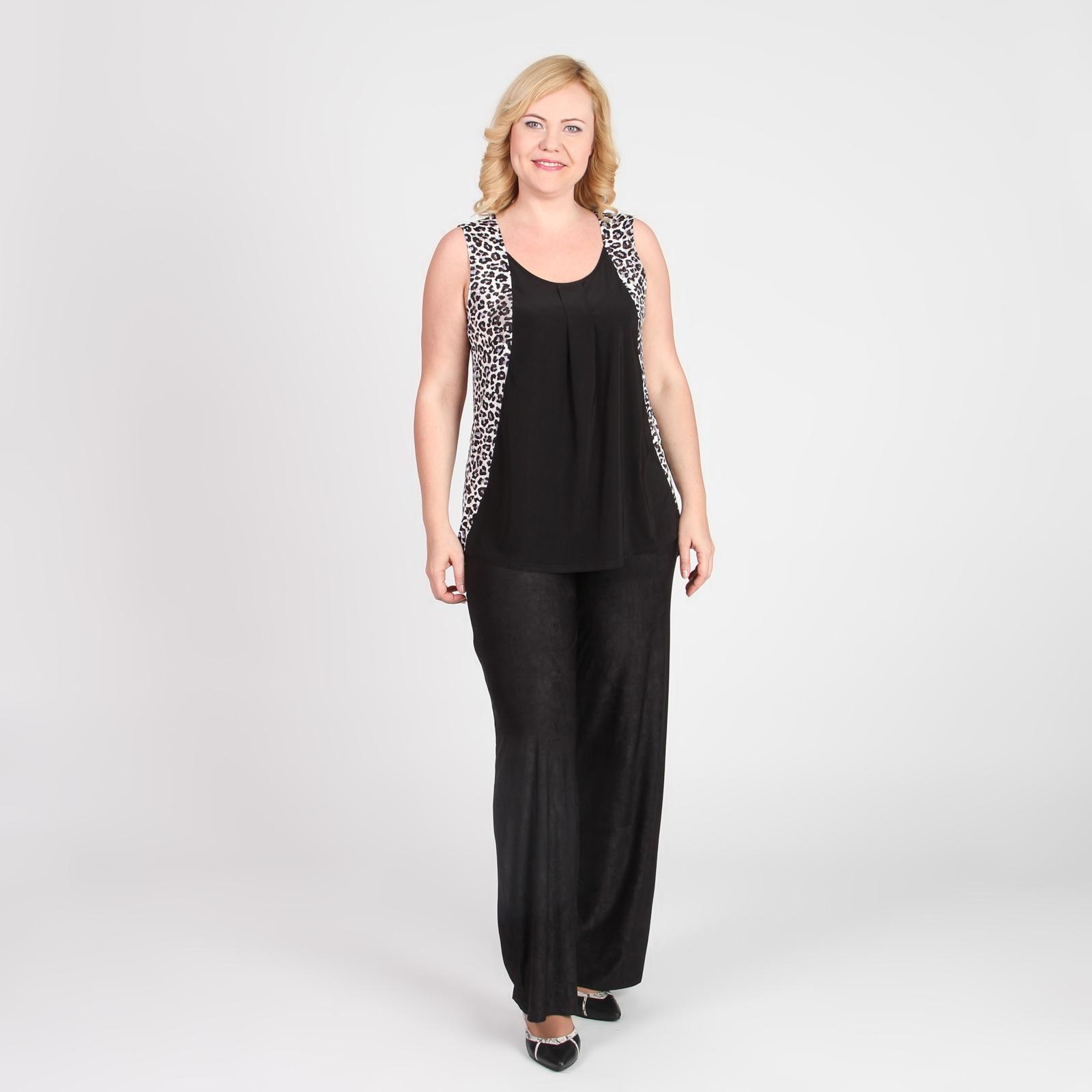 Блуза с округлым вырезом и анималистическим принтом