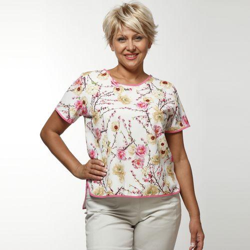Блуза с коротким рукавом и стильным принтом