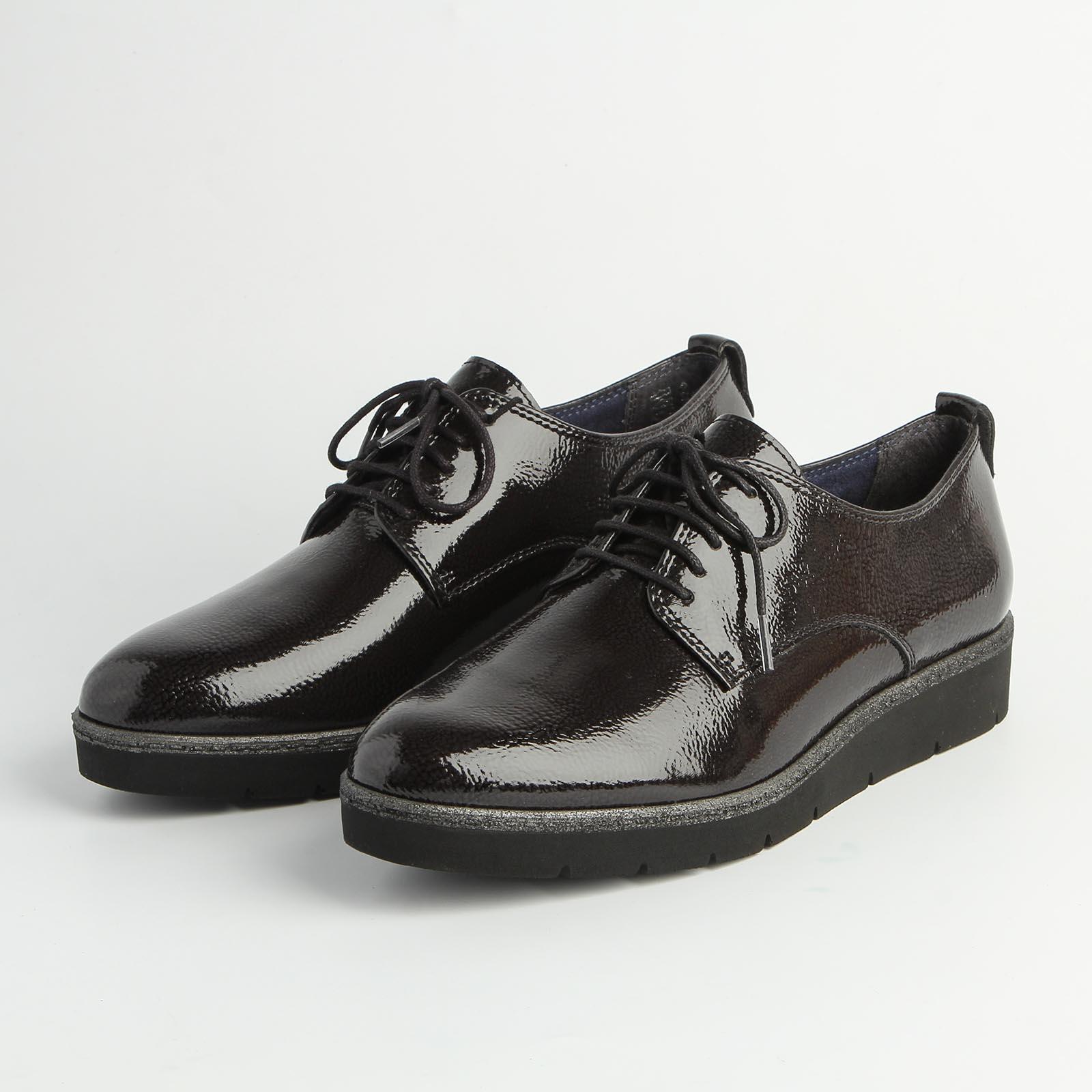 Ботинки женские на платформе со шнуровкой