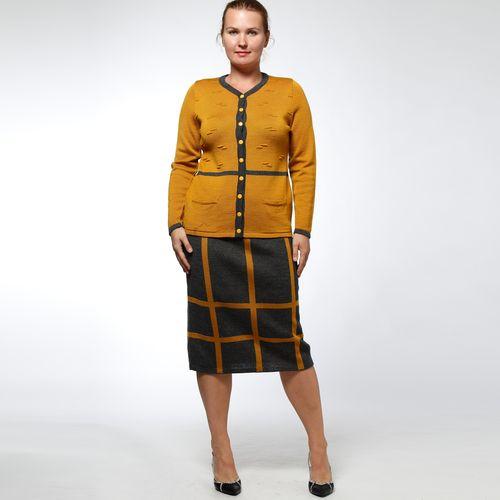 Костюм: юбка с клетчатым принтом и жакет на пуговицах