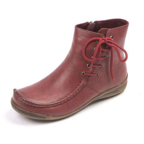 Женские ботинки с оригинальной шнуровкой