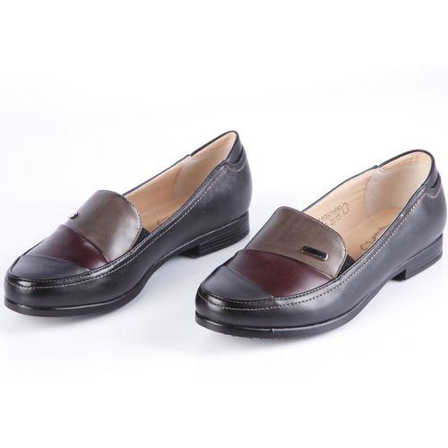 Туфли женские с эластичными вставками по бокам