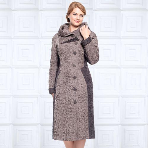 Пальто прилегающего силуэта из стеганой ткани с контрастными вставками и отложным капюшоном