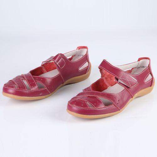 Женские сандалии с ремешками на липучке
