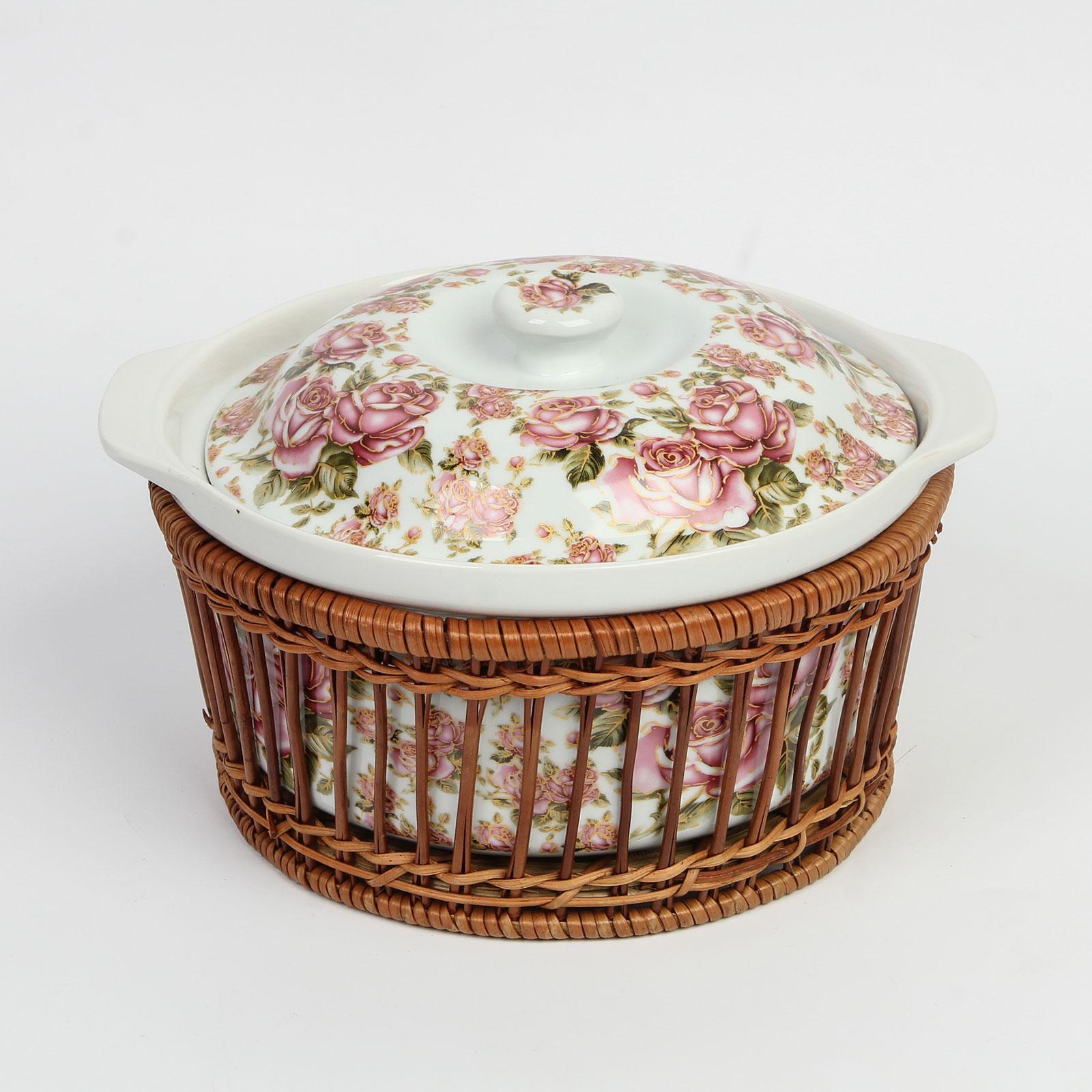 Керамическая кастрюля с плетеной корзиной