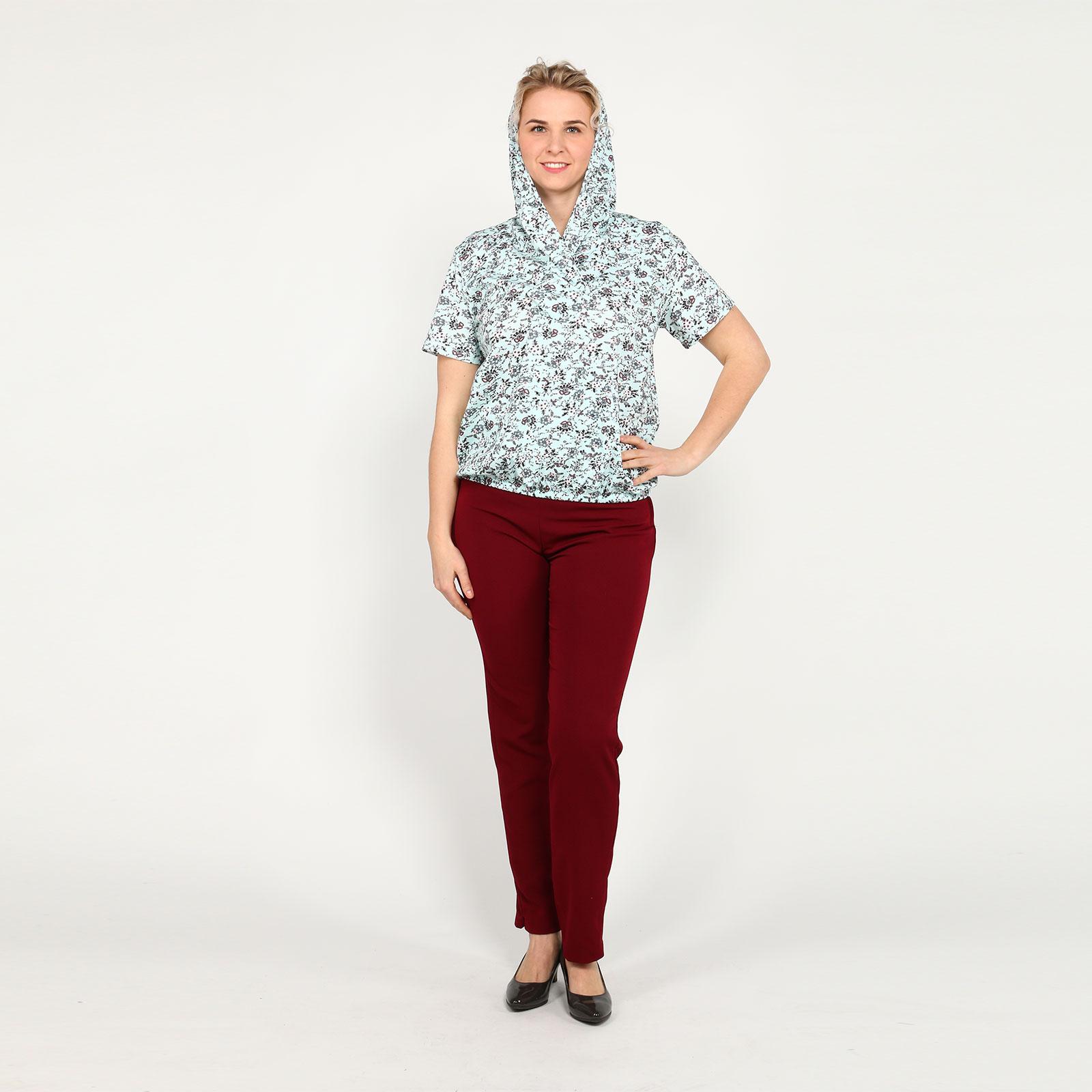 Блузка с карманом и капюшоном
