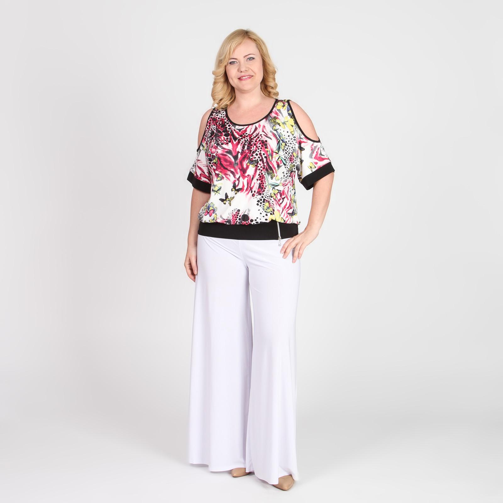 Блуза свободного кроя с оригинальными вырезами на плечах