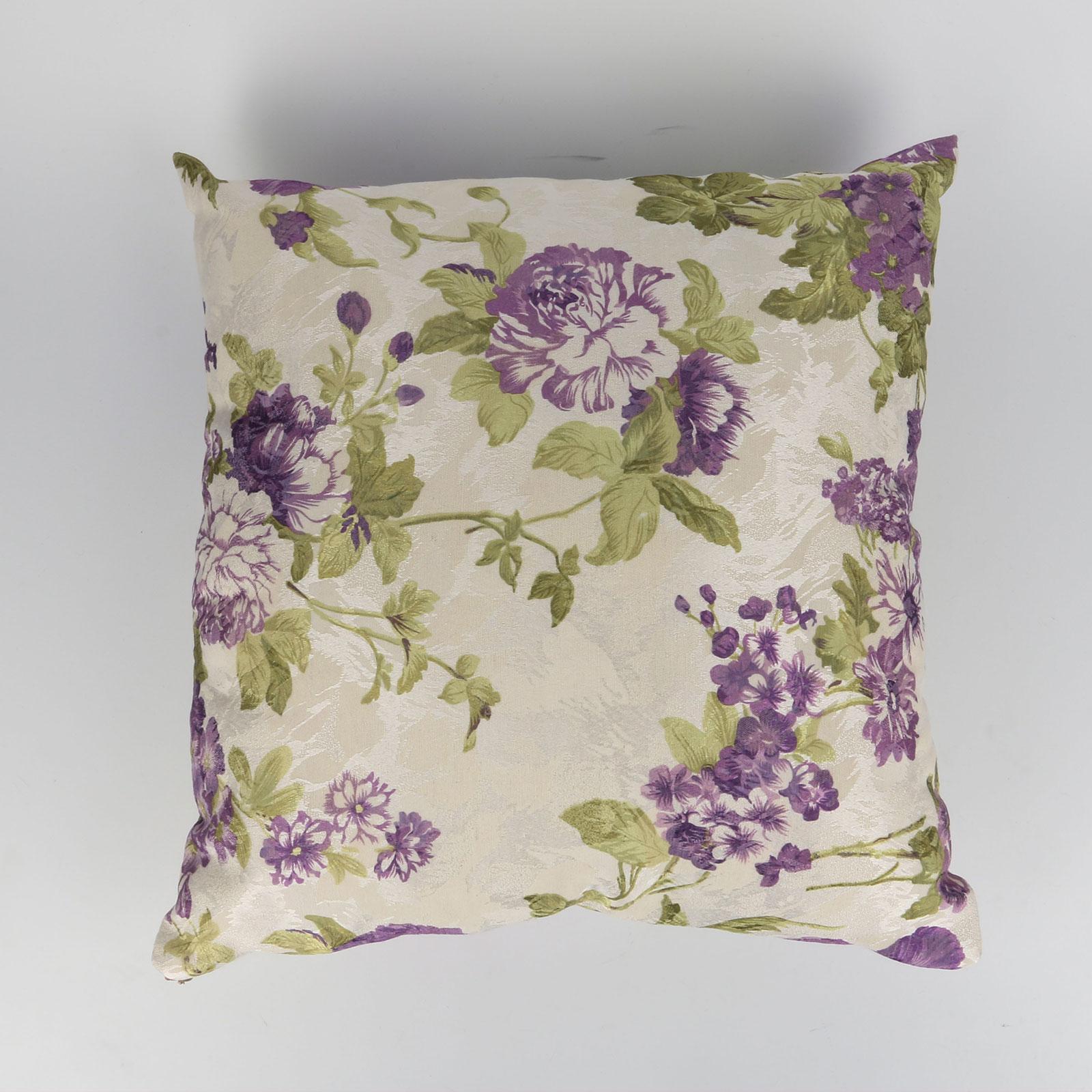 Комплект из двух декорированных подушек «Фиалковый сад»