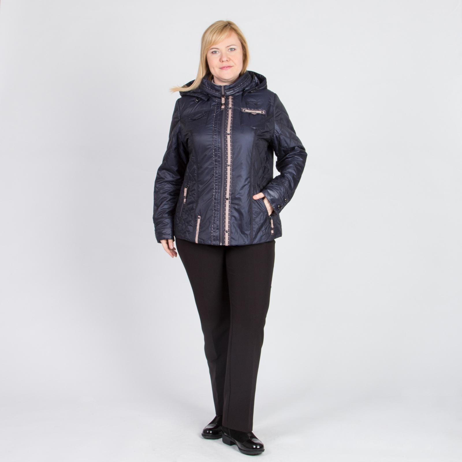Куртка стеганая на молнии с капюшоном и карманами