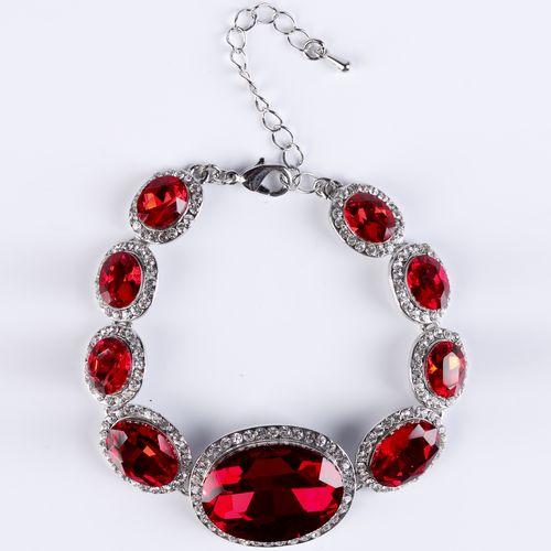 Браслет «Рубиновая страсть»