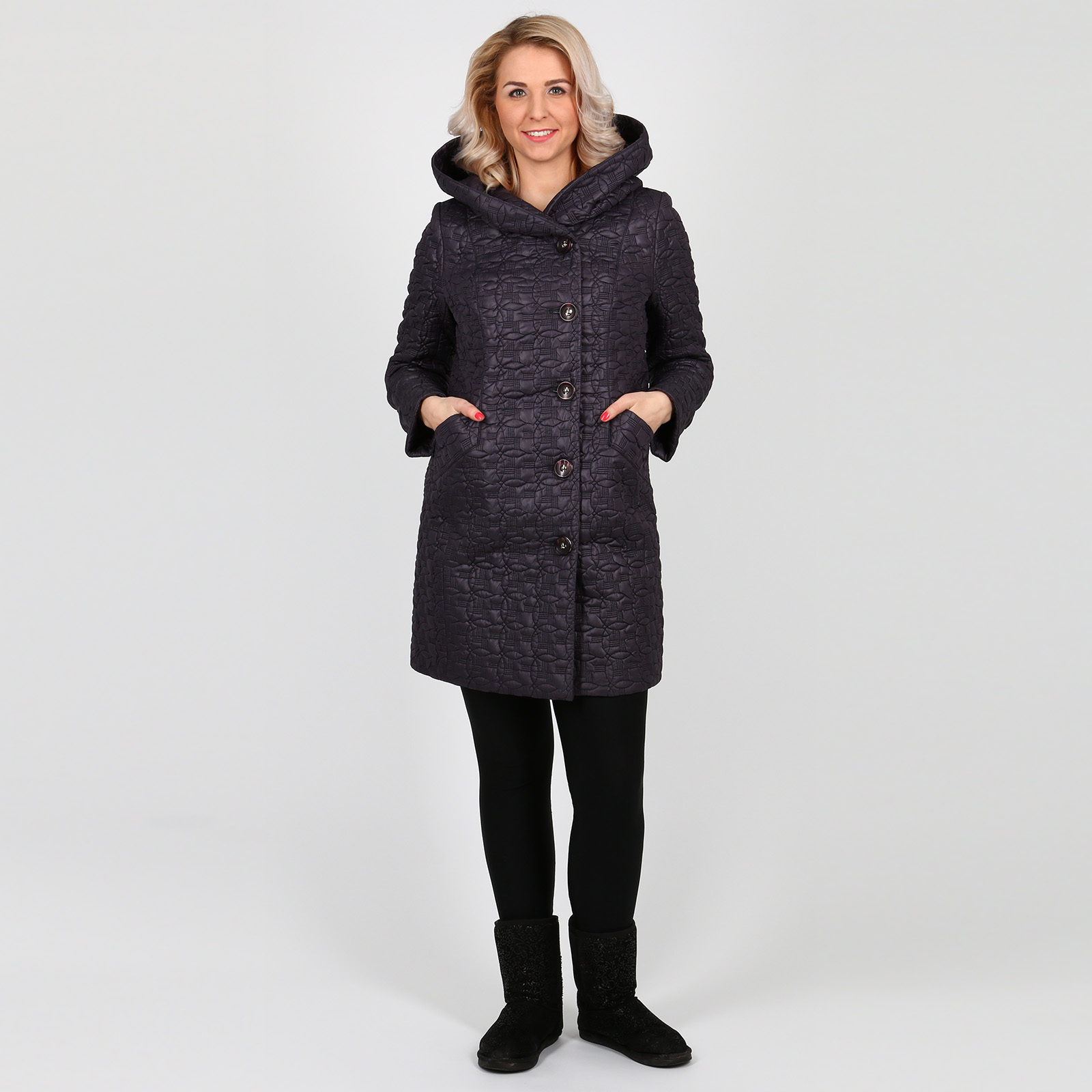 Пальто стеганое с капюшоном