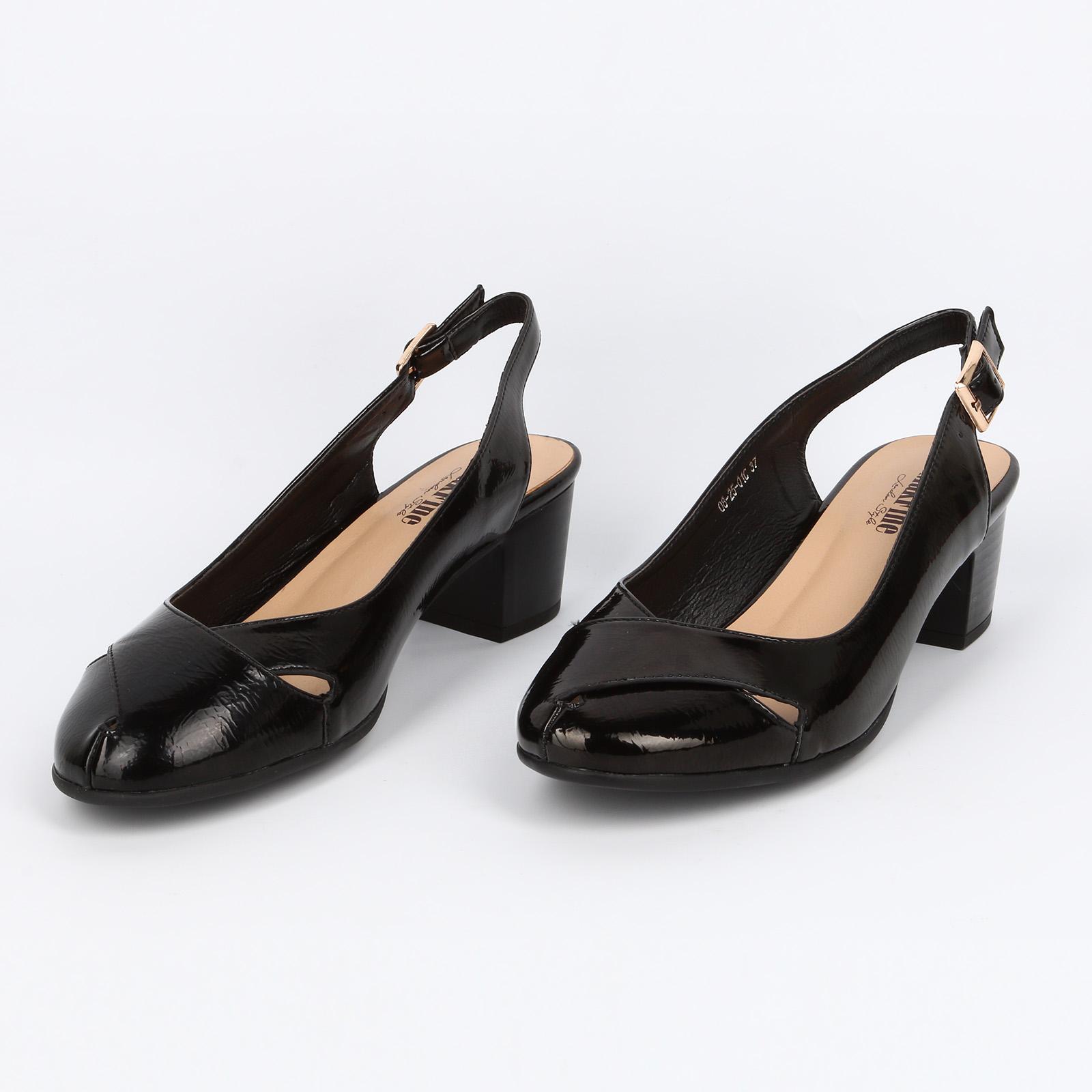 Туфли женские с ремешком