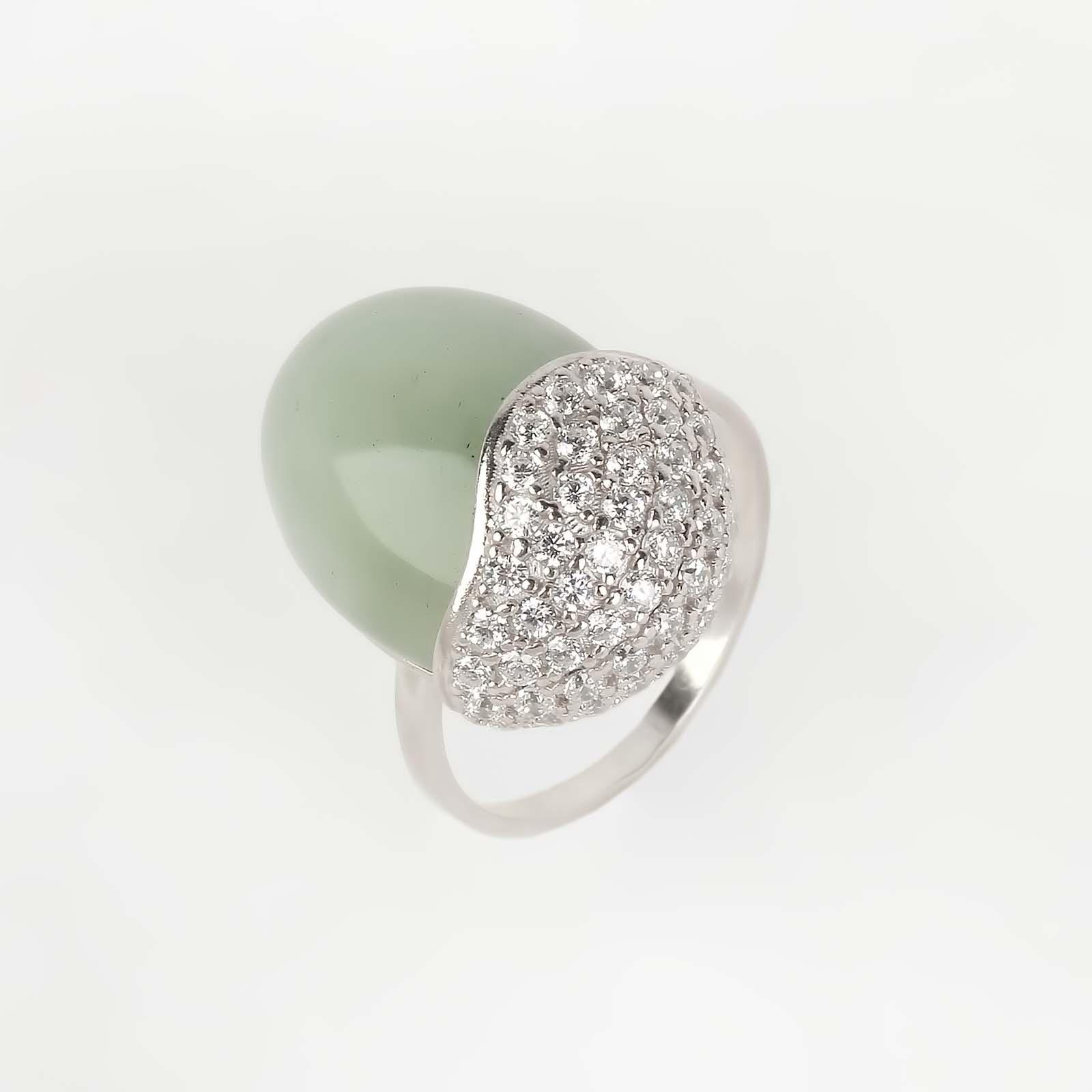 Кольцо «Изумрудная драгоценность»