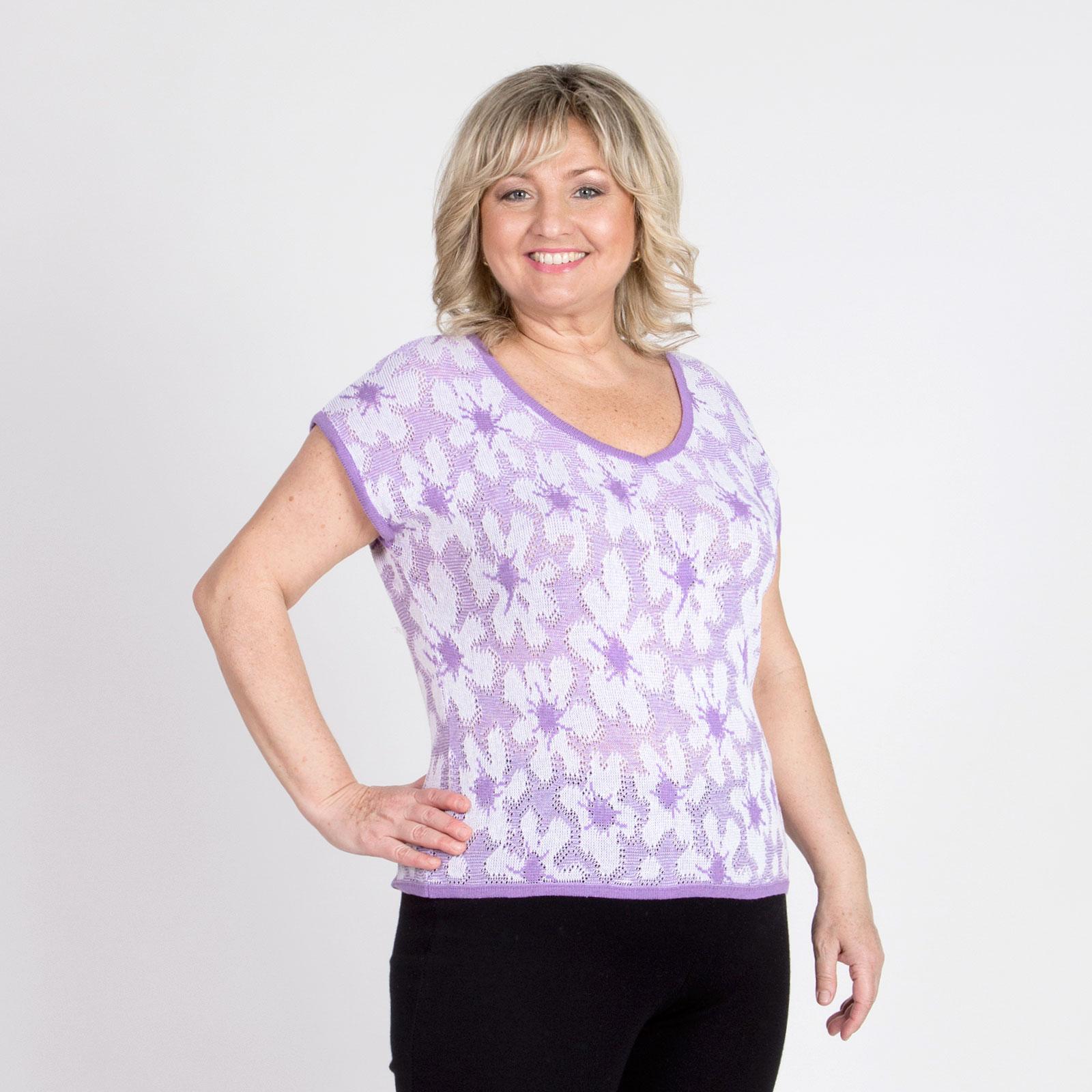 Блуза с V-образным вырезом и коротким рукавом