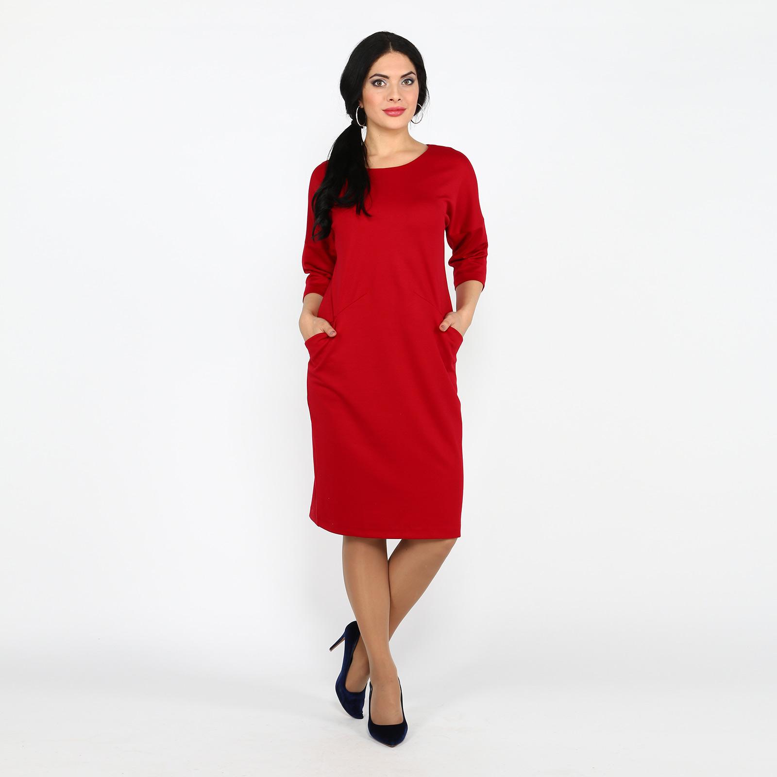 Платье-миди прилегающего силуэта с карманами